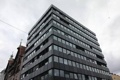 EXTRAVAGANTE BÜROFLÄCHEN von 161m² bis 215m² im City-Tower