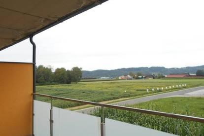 Erstbezug am Stadtrand sonnige 3ZI Wohnungen mit Balkon/ Terrasse 16m² barrierefrei, Carport