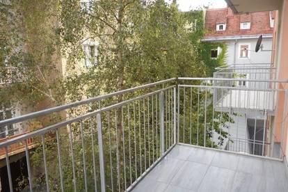 Altstadt nahe Tummelplatz ruhige,hochwertig sanierte 3ZI mit Balkon in den Innenhof