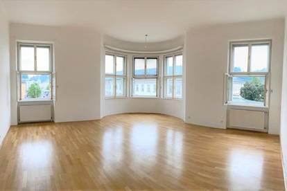 Andräviertel/Mirabellplatz: Mirabellgartenblick - Stilaltbau - moderne Küche und Bad!