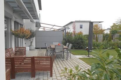 DHH Ortsrand KALSDORFaußergewöhnlich und hochwertig ausgestattet4ZI, Balkon, Garten, Carport