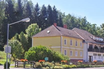 PROVISIONSFREI - SINGLE HIT Sonnige 2ZI+Balkon+Parkplatz ruhige Lage