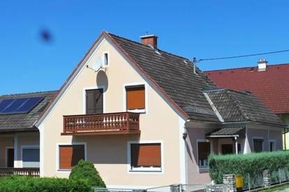 Zweifamilienhaus,sonnige 3ZI+Balkon+Parkplatz mit Gartennutzung! UNBEFRISTET