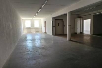 Individuell nutzbar Handels-Lagerfläche Werkstatt,Garage,KFZ-Abstellplätze in perfekter Zentrumslage