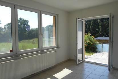 Eck-Reihenhaus naturnahe in Ruhelage 4ZI mit Balkon,Terrasse  Eigengarten  Carport, PP