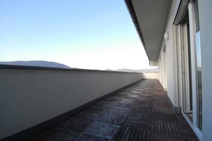 Traumwohnung mit Blick über Graz - Terrasse 67 qm - Lift - barrierefrei - sonnig