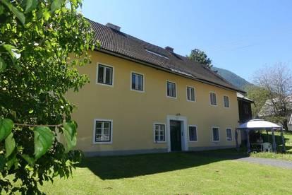 GroßzügigeWohnung in einem Mehrparteienhaus in Bad Bleiberg