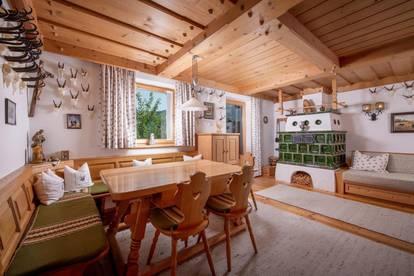 Möblierter Chalet Anteil mit Freizeit Wohnsitz in exponierter Sonnenlage