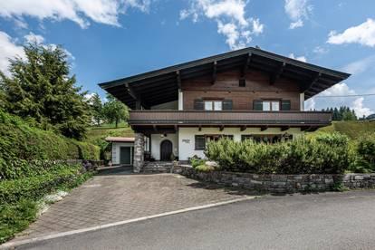 Traditionelles Tiroler Landhaus in Skipistennähe von Kirchberg in Tirol