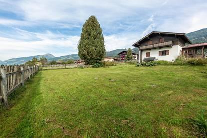 Sonniges Grundstück mit Altbestand am Fuße des Sonnbergs