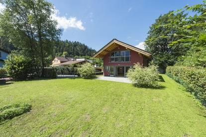 Einfamilienhaus im Stadtgebiet von Kitzbühel unverbautem Blick zum Hahnenkamm