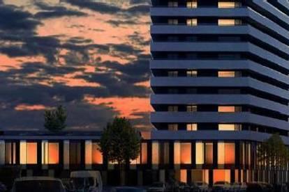 Brucknertower - Sehen, wenn die Sonne die Stadt in ihr Abendlicht taucht ....
