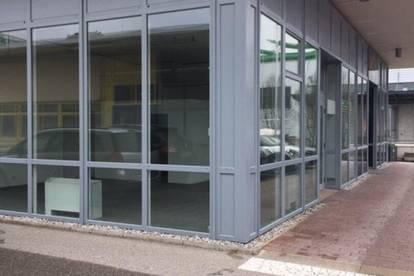 Frequentierte Verkaufsfläche - große Fensterauslagen - Airport Center / nahe Flughafen - Himmelreich