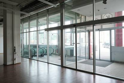 Geschäftslokal mit Frequenz - Airport Business Point