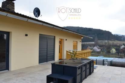 Harmonie von Luxus u. Landleben! Großes Anwesen,Wohnhaus infinity Pool,Gästehaus,Whirlpool,Garagen!