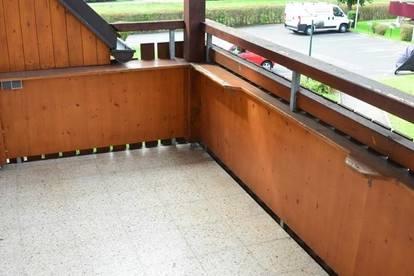 Wohnung im Grünen in sympathischer Wohnanlage, 3 Zimmer, Balkon, Garten, super Lage !
