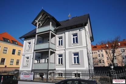 Dachgeschoßwohnung in Neunkirchen zu vermieten! Gartennutzung, Parkplatz und Balkon!