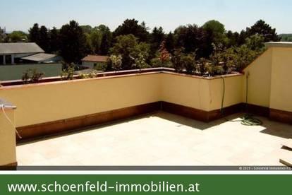 Dachterrassentraum! Neuwertige Zweizimmerwohnung mit Fernblick