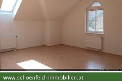 Helle 3-Zimmerwohnung mit Gartenbenützung zum attraktiven Preis (Warmmiete!)