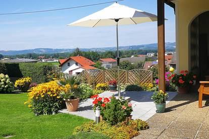 ALKOVEN/STRASSHAM: Liebevoll gepflegtes ausbaufähiges Zuhause am Siedlungsrand