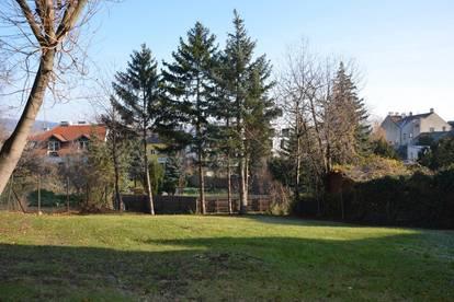 GESUCHTE WOHNLAGE FÜR ANSPRUCHSVOLLE. Zentral gelegenes Grundstück in Klosterneuburg-Stadt.
