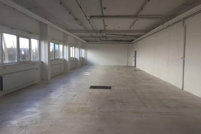 326 m² Produktions-/Bürofläche - NEUWERTIG
