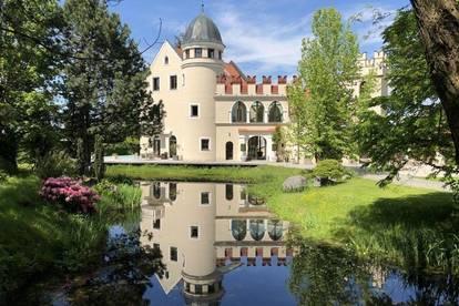 Villa mit Schlossarchitektur Nähe Burghausen