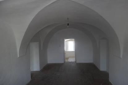 Breitenbrunn, wohnen in historischen Gebäude, 140 m2,Garten,€ 590.- Wachtler Immobilien