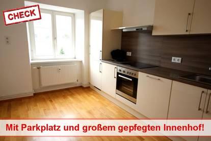 2 Zimmer Wohnung mit Parkplatz in Zentraler Lage zu Vermieten !!