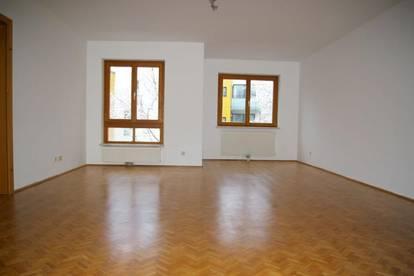 1130 Wien, SONNIGE 4 Zimmerwohnung mit Garagenplatz!