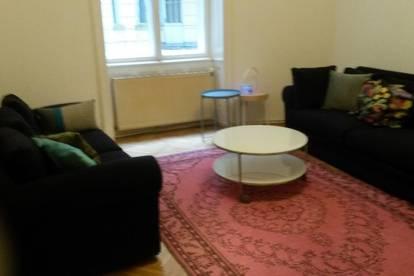 Charmante 2-Zimmer-Altbauwohnung in schönem Jugendstilhaus in ruhiger und zentraler Lage