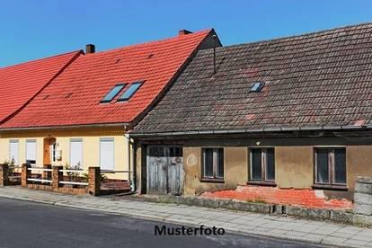 Ihre Chance zum Selbstgestalten - 2 Wohnhäuser -