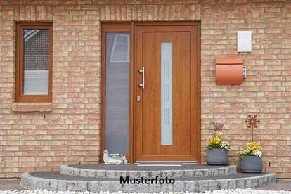 Einfamilienhaus -Versteigerungsobjekt-
