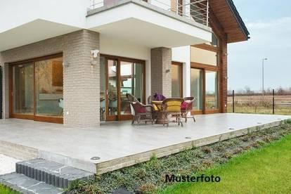 Modernes Einfamilienhaus - Versteigerungsobjekt -