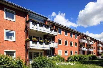5-Zimmer-Wohnung mit Pkw-Stellplatz