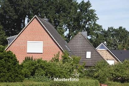 Altes Einfamilienhaus - Versteigerungsobjekt -