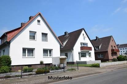 +++ Einfamilienhaus mit integrierter Garage +++