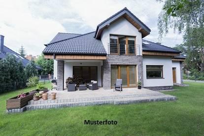 +++ Einfamilienhaus mit Terrassen und Balkonen +++