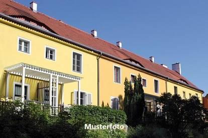 +++ Mehrfamilienhaus mit 5 Wohnungen +++