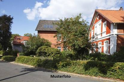 +++ Einfamilienhaus mit Abstellgebäude +++