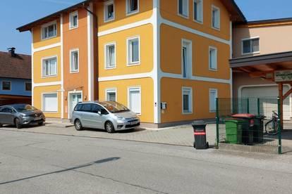 Schöne, neuwertige 3 Zimmerwohnung in Stadtlage, Seekirchen (Nähe Bahnhof)
