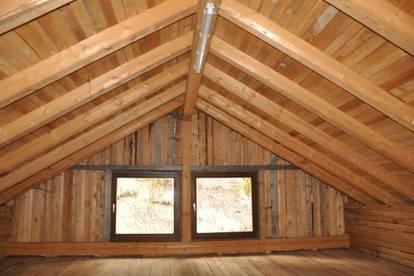 Ausbaufähiges Dachgeschoß auf 2 Ebenen