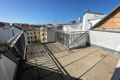 Dachgeschoss Maisonette mit sonniger Terrasse, Nähe U3 Hütteldorfer Straße