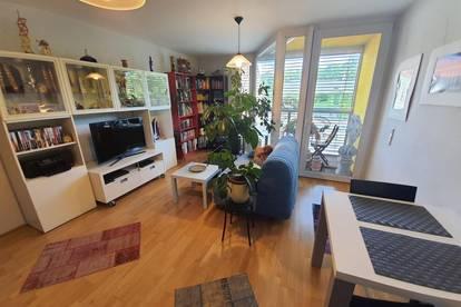 Gut aufgeteilte 2-Zimmer Wohnung mit Wintergarten