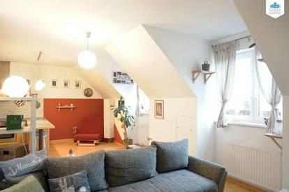 Schöne 2-Zimmer-DG-Wohnung im Martinsviertel inkl. Autostellplatz