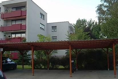 Nette Erdgeschosswohnung mit Loggia!