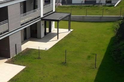 Exquisite Eigentumswohnung im Erdgeschoss mit Eigengarten!