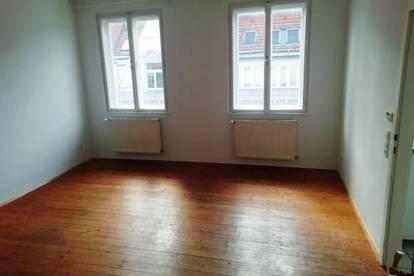 Geräumige Wohnküche + 1 großes Zimmer