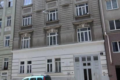 Nette 3 Zimmer mit TERRASSE - Altbauwohnung, Nähe Margaretenstraße