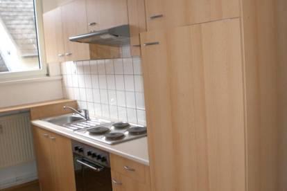 13693 Unbefristet, neue Küche!